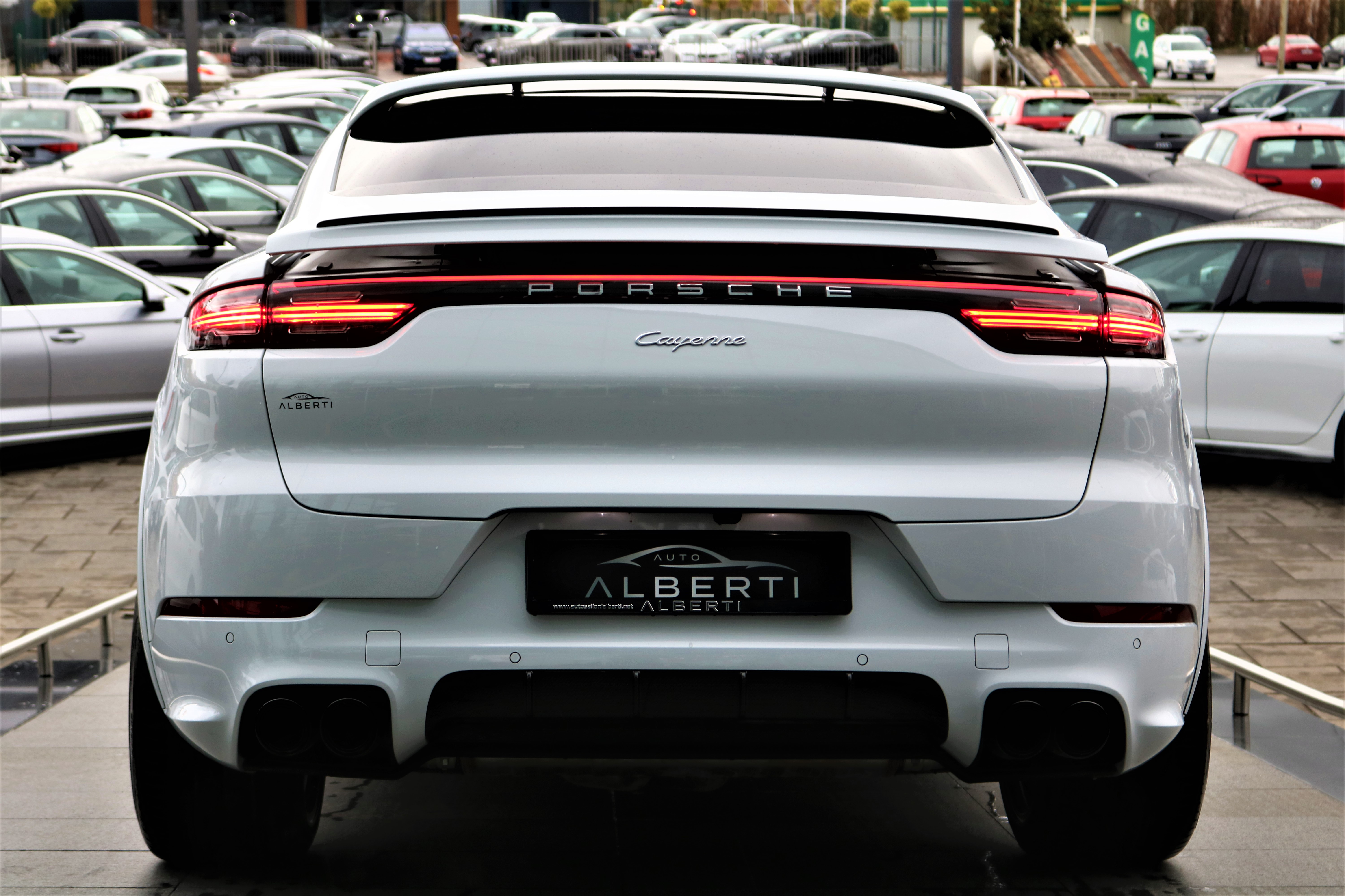 Prosche Cayenne Coupe